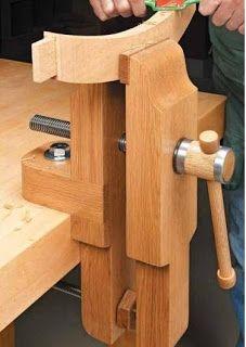 Ah! E se falando em madeira...: PDF prensa/morsa para bancada (bench vise)