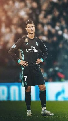 Juventus star Cristiano Ronaldo is a Footballing superstar, a brand and you may even call him a superhuman. Cristino Ronaldo, Ronaldo Football, Cristiano Ronaldo Juventus, Juventus Fc, Neymar, Cristiano Ronaldo Hd Wallpapers, Cr7 Wallpapers, Portugal National Football Team, Juventus Players