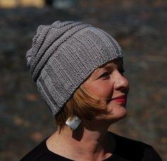 Oikein nurin pystyyn ja vaakaan pipo Mma, Knit Crochet, Winter Hats, Beanie, Wool, Knitting, Helsinki, Crocheting, Inspiration