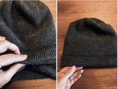 Strikkeskolens hue - FiftyFabulous Knitting Projects, Baby Knitting, Retro, Knitted Hats, Silk, Inspiration, Knitting Machine, Kos, Patterns