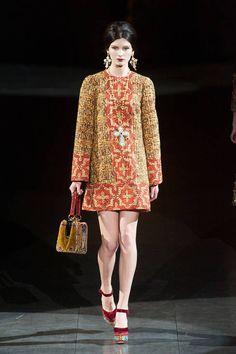 Dolce & Gabbana Fall 2013 Ready-to-Wear Runway