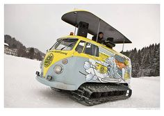 VW Bus Arctic Cat Or Best DJ Booth Ever? VW van on tracks with a DJ booth to get kids to join an Austrian auto club. Volkswagen Transporter, Vw Bus, Auto Volkswagen, Vans Vw, Surf Van, 4x4, Hors Route, Vw Camping, Camping Life