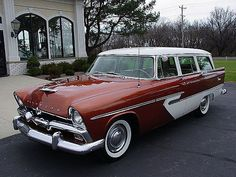 Welcome to another edition of Wagon Wednesdays here on your favorite automotive site, Hooniverse. Chrysler was on a roll for 1956 with the second year of the Forward Look cars that were penned by C…