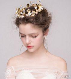 挑款师的微博_微博 Portrait Inspiration, Character Inspiration, Hair Inspiration, Face Pictures, Bride Hair Accessories, Beautiful Figure, Model Face, Bridal Updo, Beautiful Morning