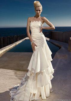 Pepe Botella Novias Wedding Dress Collections | Wedding Inspirasi