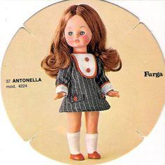 PAR AMOUR DES POUPEES :: ANTONELLA, 30, 37 ET 45CM, ANNEES 70, FURGA