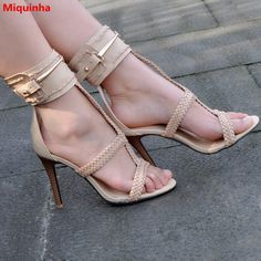 77.54$  Buy now - http://alirwi.shopchina.info/1/go.php?t=32805989231 - Miquinha Open Toe Cover Heel Weaving Elements Metal Decoration Women Sandals Ankle Buckle Strap Thin Heel Women Casual Shoes  #magazineonlinewebsite