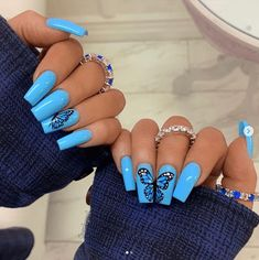 There are many kinds of blue nail art designs, which are also one of the most popular nail colors. In previous articles, we have introduced the art design of Dark Blue Nails, Navy Blue Nails and Blue Sparkle Nails, which are welcomed by women. In thi Acrylic Nails Natural, Blue Acrylic Nails, Blue Nails Art, Acrylic Nail Designs For Summer, Blue Gel Nails, Baby Blue Nails, Lilac Nails, Acrylic Gel, Light Blue Nails