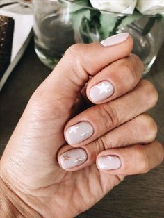 38 Stunning Neutral Nail Art Designs 2019 - Nail Design - Ideas For Women's Nude Nails, Gel Nails, Acrylic Nails, Nail Polish, Manicures, White Nails, Glitter Nails, Neutral Nail Art, Neutral Nail Designs