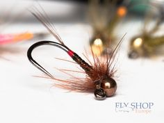 RABBIT 2 NATURAL HIND FEET fly tying crafts SNOWSHOE HARE