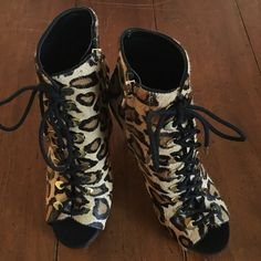 Sam Edelman New York Boots. 100% leather. New without box. Gorgeous!!! Price is firm. Sam Edelman Shoes Lace Up Boots