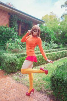 Velma 3 by ItsKaylaErin on DeviantArt Amazing Cosplay, Best Cosplay, Velma Sexy, Cosplay Outfits, Cosplay Girls, Velma Dinkley, Geek Girls, Costumes For Women, Goth Girls