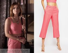 Aria Montgomery (Lucy Hale) wears these pink cropped high-waisted trousers in this week's episode of Pretty Little Liars. ShopYourTv:Pretty Little Liars: Season 6 Episode 16 Aria's Pink Cropped Pants - ShopYourTv Grunge Style, Grunge Look, Soft Grunge, 90s Grunge, Grunge Outfits, Pll Outfits, Tv Show Outfits, Fashion Tv, Retro Fashion