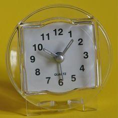 Quartz table clocks colectibles.
