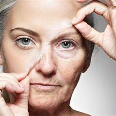 Avoid Botox: How To Remove Eye Bags & Wrinkles In 1 Minute Lift Make, Sagging Skin, Wrinkle Remover, Look Younger, Tips Belleza, Anti Aging Skin Care, Cellulite, Skin Care Tips, Health And Beauty