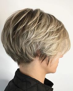 Short Stacked Hair, Short Hair Over 60, Short Hair With Layers, Layered Inverted Bob, Stacked Haircuts, Bob Hairstyles For Thick, Haircuts For Fine Hair, Short Bob Haircuts, Pixie Bob Hairstyles