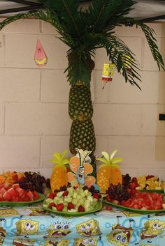 Spongebob party. Palm tree made from pineapples. catchmyparty