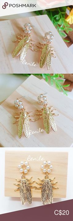 🦗 Insect Earrings 🦗 ⚠️ 𝙁𝙍𝙀𝙀 𝙘𝙝𝙖𝙣𝙜𝙚 𝙩𝙤 𝙨𝙘𝙧𝙚𝙬 𝙘𝙡𝙞𝙥𝙨  · 100% Brand NEW · Material: Alloy, Faux Pearl  · Needle Material: Steel  · Size:  W 2.2 cm x H 4 cm · Sold only in pairs · Nicely pack with box · All pictures took from the real items. However, as the actual colors you see will depend on your monitor, we cannot guarantee that your monitor's display of any color will be accurate. Jewelry Earrings All Pictures, Monitor, Insects, Women Jewelry, Pearl Earrings, Pairs, Shop My, Change, Display