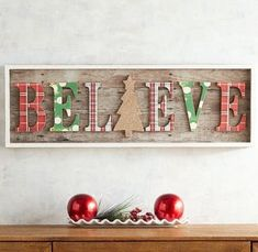 Rustic Farmhouse Christmas Wall Decor - My Cozy Colorado Diy Christmas Decorations For Home, Cheap Christmas, Christmas Design, Diy Christmas Gifts, Christmas Projects, Simple Christmas, All Things Christmas, Christmas Home, Holiday Crafts
