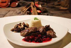 Lomo de Jabali con setas en nuestro restaurante Casa Rosalia. Ya estamos con las jornadas de la caza 2013