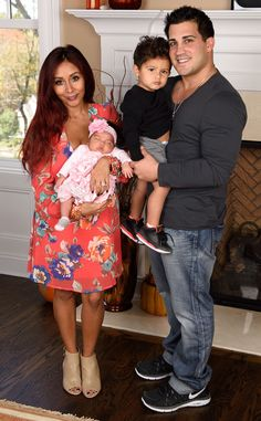 Snooki and Jionni LaValle introduce their 1-month-old daughter to the world, and she's such a little cutie!