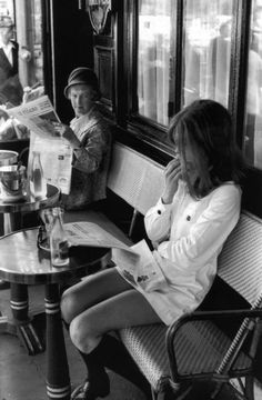 Brasserie Lipp by Henri Cartier-Bresson. Saint Germain des Prés, Paris, 1969.