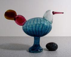 Oiva Toikka, Kiikkuri, private collection (US) Note: For auction in Helsinki Stig Lindberg, Glass Birds, Scandinavian Design, Decoration, Finland, Glass Art, Objects, Auction, Home Decor