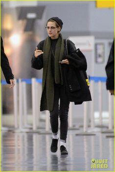 Kristen Stewart Skips the Golden Globes 2015, Heads to New York City Instead!