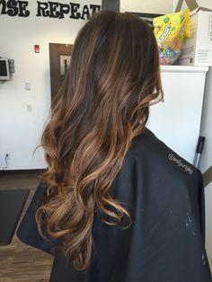 Caramel balayage natural brunette hair medium hair cuts and Brown Hair With Highlights, Balayage Highlights, Hair Color Balayage, Caramel Highlights, Bayalage, Color Highlights, Caramel Color, Mane Hair, Ombré Hair