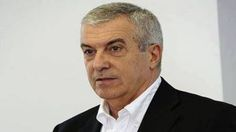 """Preşedintele Senatului, Călin Popescu Tariceanu, a fost deranjat, luni, de întrebările presei pe tema solicitărilor protestatarilor privind Codurile penale, plecând iritat din mijlocul jurnaliştilor după ce i-a acuzat că se """"erijează"""" în purtători de mesaj ai manifestanţilor şi a dat de înţeles că ei îşi asumă cerinţele protestatarilor. Tariceanu a fost întrebat despre solicitările """"oamenilor"""" pe tema Codurilor penale, """"care consideră că subiectul nu este încheiat"""", pentru că măsurile ar…"""