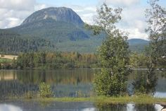 Turen går til toppen av Andersnatten 733 m. Norway, Mountains, Nature, Travel, Viajes, Naturaleza, Destinations, Traveling, Trips