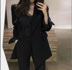 Glamouröse Outfits, Kpop Fashion Outfits, Korean Outfits, Cute Casual Outfits, Pretty Outfits, Stylish Outfits, Casual Suit, Casual Blazer, Elegantes Business Outfit
