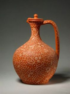 Bilha de Nisa. Traditional clay pottery with embedded stones drawings from Nisa, Alentejo, Portugal.