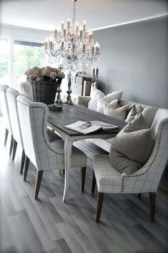 Dining room in grey