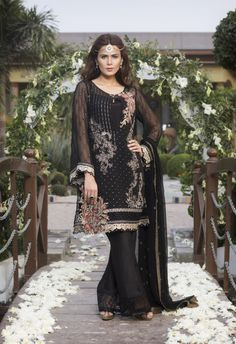 Baroque Jazmin Volume 1 2017 Black Eminence Price in Pakistan famous brand online shopping, luxury embroidered suit now in buy online & shipping wide nation..