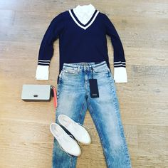Preppy shabby look. #female knitwear #maisonscotch jeans + blouse #drykorn #shoes #nerogiardini clutch #paulsboutique www.partnermode.nl