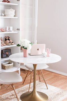As many of you know, I blog full-time, which means I work from home. While I've loved working from my desk in my little corner, I realized late last year that I definitely needed more space. I decided to transform a spare bedroom into a workspace/closet, and I am so excited to be sharing the...Read the Post