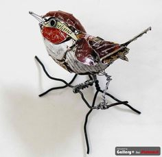 Bird Sculptures made from Recycled Metal. Great looking, I love his legs and…