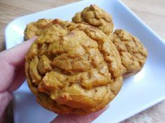 Weight watcher recipes, 2 smart point Pumpkin banana greek yogurt muffins by drizzle me skinny