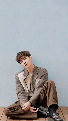 Jeonghan - Fallin' Flower (A Version) Seventeen Wallpaper Kpop, Seventeen Album, Jeonghan Seventeen, Seventeen Wallpapers, Woozi, Mingyu, Vernon Chwe, Hip Hop, Korean Artist