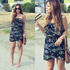 Swap Meet Chic on the blog now featuring an easy floral dress and stunning nude gladiator heels!