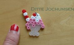 Ice cream inspirered jewelry in Hama beads by Ditte Jochumsen (Shadowness)