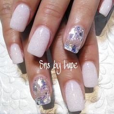 SNS nails dipping powder by Lupe ! Sns Nails Colors, Pink Nails, Glitter Nails, Hot Nails, Purple Glitter, French Nails, Angel Nails, Nail Spa, Nail Art