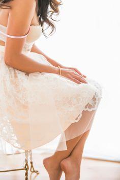 Feminine boudoir inspiration: http://www.stylemepretty.com/little-black-book-blog/2014/05/28/boudoir-bridal-shower-inspiration/ | Photography: Je T'aime - http://www.jetaimebeauty.com/