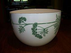 Kaj Franck enamel bowl Finel Arabia Finland -Cerefolium Simple Geometric Designs, Vintage Enamelware, Marimekko, Scandinavian Design, Finland, Dinnerware, Mid-century Modern, Bowls, Mid Century