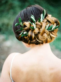 Twisted updo: http://www.stylemepretty.com/destination-weddings/2015/04/09/rustic-italian-inspiration-shoot/ | Photography: Amanda Drost - http://www.amandadrost.com/