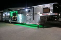 2015 Lakota Big Horn B8419 Outside Kitchen 4 Horse Slant Load Gooseneck Horse Trailer With 19ft Living Quarters - See more at: http://horse-trailers-for-sale.com/horse-trailers-for-sale-details.asp?id=3305#sthash.poEPAiYm.dpuf