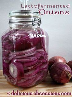 Delicious Obsessions: Lactofermented Onions in a Pickl-It | www.deliciousobsessions.com