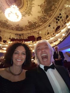 """Dmitri and Florence Hvorostovsky. Dmitri's Twitter. """"Greetings from the Österreichischer Musiktheaterpreis ceremony!"""""""