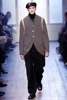 Yohji Yamamoto Fall 2005 Menswear Fashion Show - Adrien Pastor (SUCCESS)